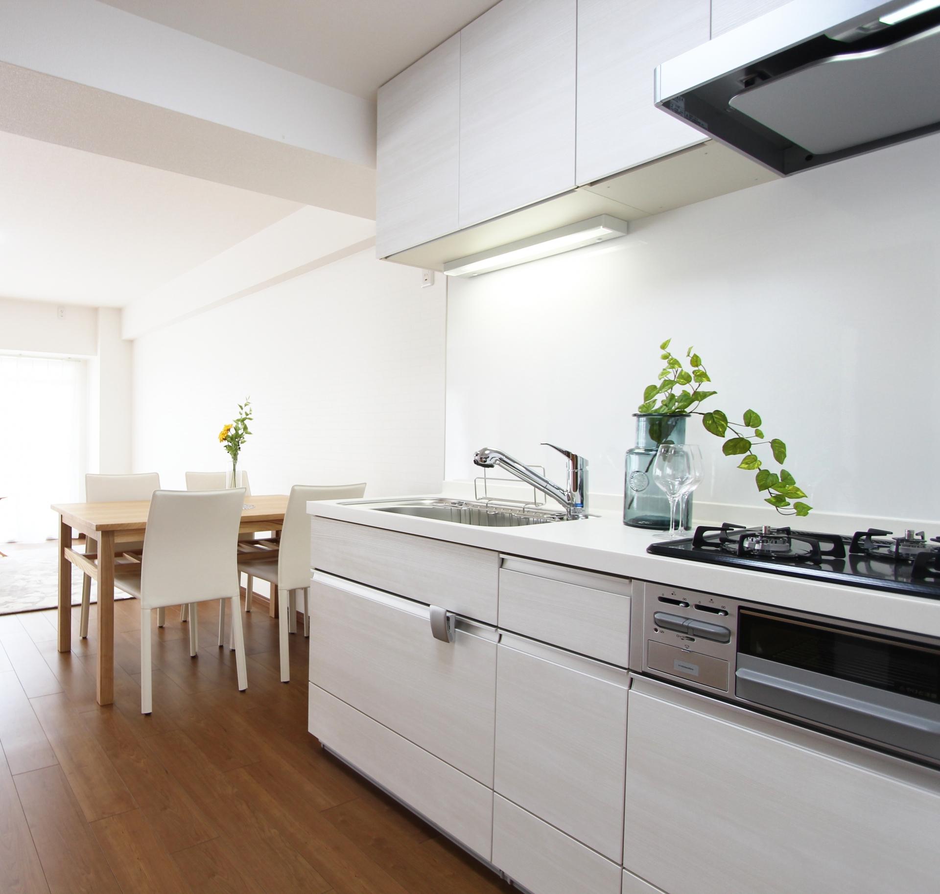 キッチンの収納 吊戸棚の「高さ」
